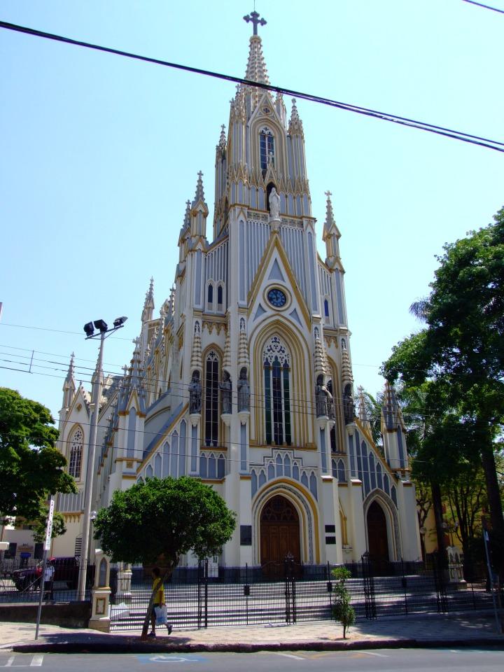 Basílica de Nossa Senhora de Lourdes